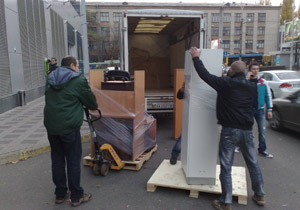 Грузчики помогут в перевозке мебели и выполнят работу недорого и качественно